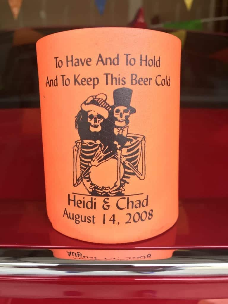 Halloween wedding koozie